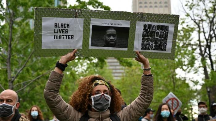 Canada : une manifestation en soutien à George Floyd dégénère à Montréal