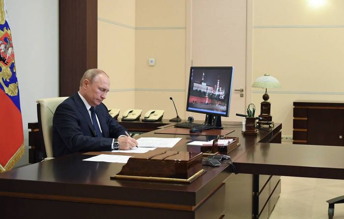 Putin approves July 1 as date for constitutional amendments vote