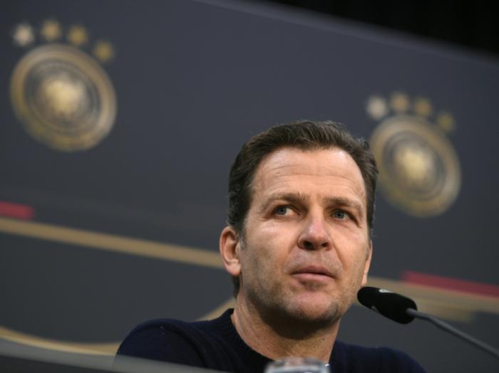 Bierhoff befürwortet Gehaltsobergrenzen im Profifußball