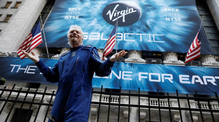 Branson muss Raumfahrt-Aktien verkaufen