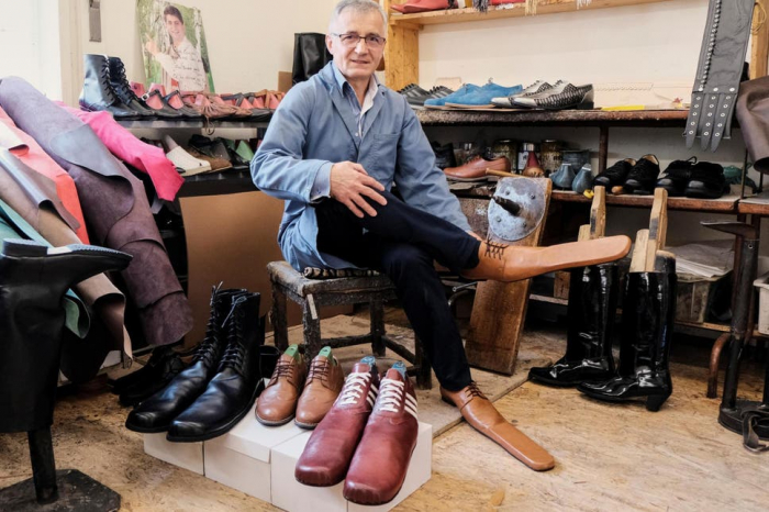Romanian shoemaker creates size 75 shoes for social distancing