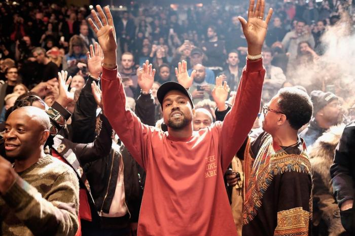 Kanye West creó un fondo para que la hija de George Floyd pueda ir a la universidad