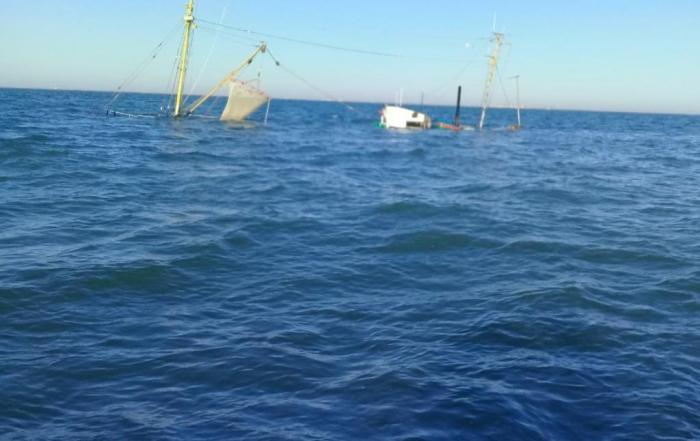 "Iranian ship ""Behbahan"" sinks off Iraqi coast, 4 crew members saved"