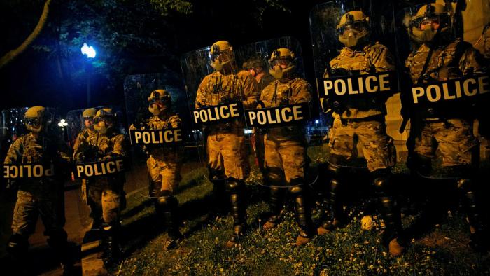 Dos militares heridos por el impacto de un rayo en las inmediaciones de la Casa Blanca