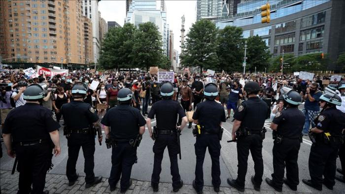 EEUU:   Minneapolis prohibirá el estrangulamiento como parte de la defensa de los policías