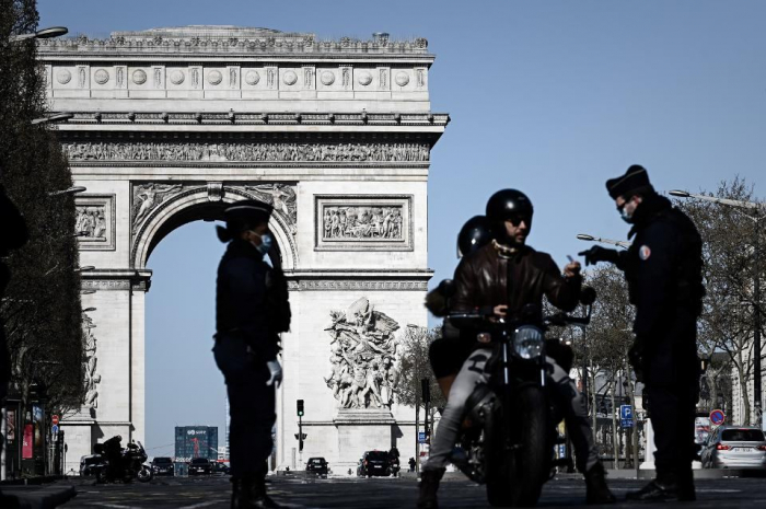 French coronavirus death toll stays under 30, cases slightly up