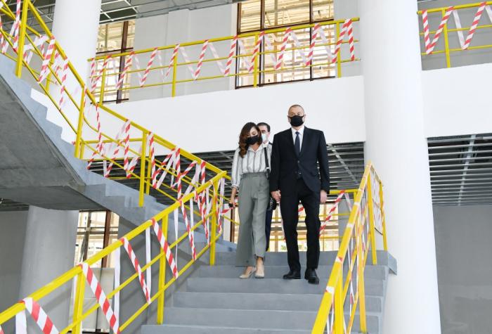 Prezident teatr binasının tikintisi ilə tanış olub -  FOTOLAR (YENİLƏNİB)