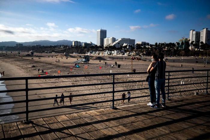 Coronavirus: Los Angeles ferme ses plages pour la fête nationale