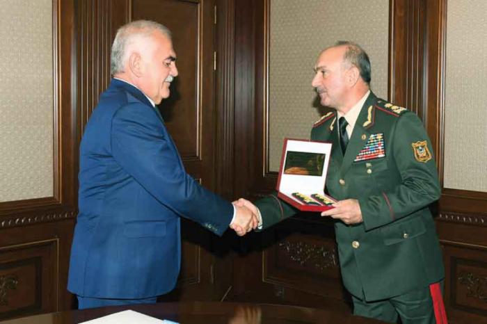 """""""Ordumuz MDB məkanında öz gücü ilə seçilir"""" -  General-polkovnik"""