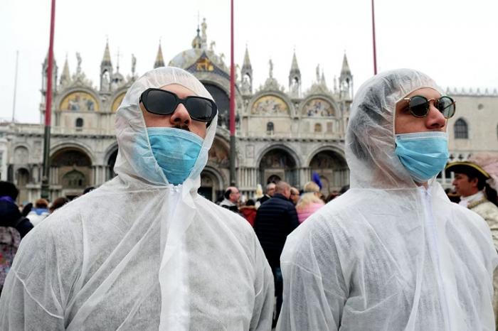 İtaliyada daha 71 nəfər virusun qurbanı oldu