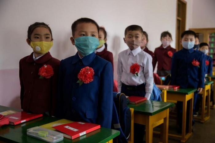 Coronavirus:  en Corée du Nord, les écoles rouvrent leurs portes