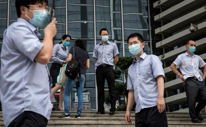 Koronovirusa görə Çinin bir şəhərində hərbi vəziyyət elan edildi