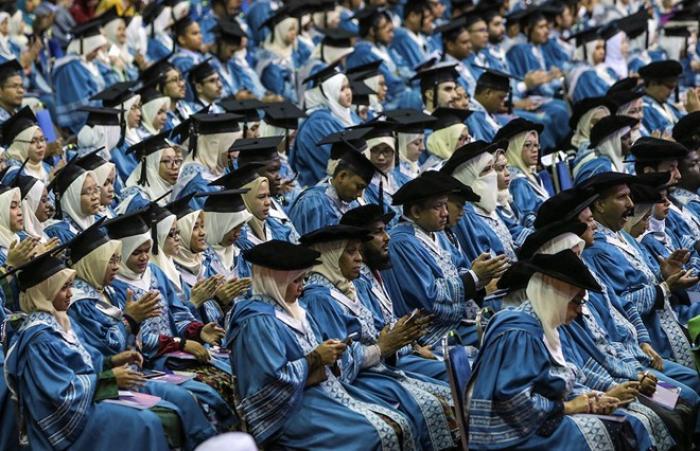 Malaisie: des robots pour une cérémonie de remise des diplômes
