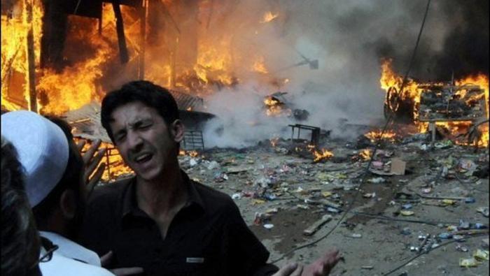 Afghanistan: explosions dans un marché, des dizaines de tués