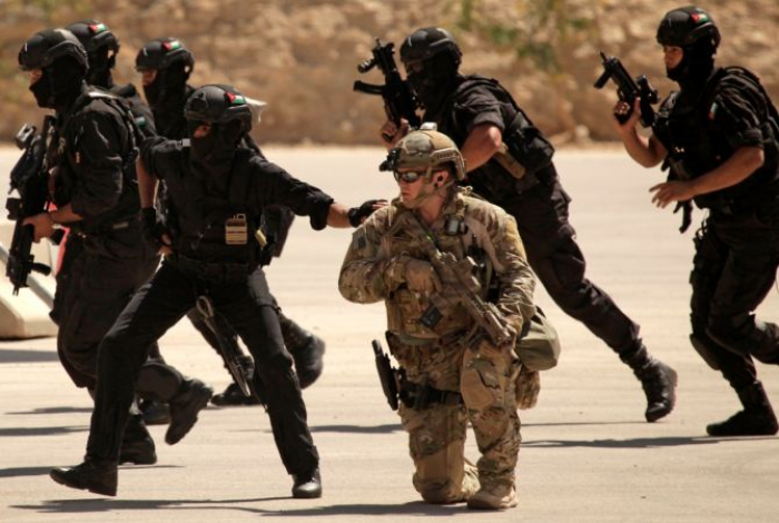 İordaniyada ABŞ hərbçisi ölüb