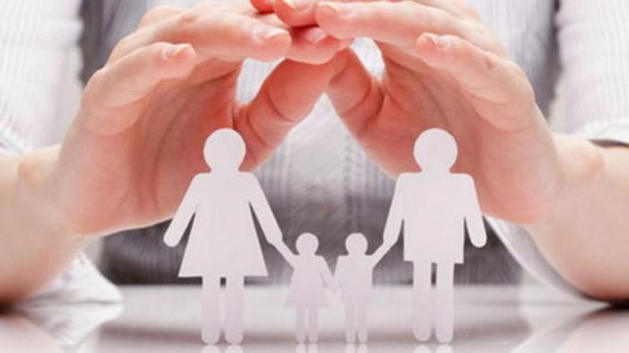 Azərbaycanda daha 9 uşaq övladlığa götürüldü