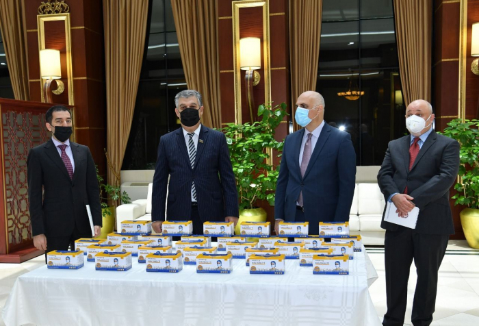 - tibbi maskalar göndərildi