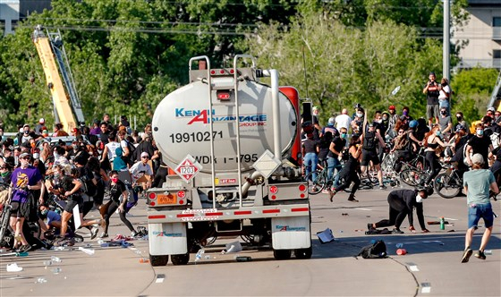 Large truck drives through crowd of protesters in Minneapolis