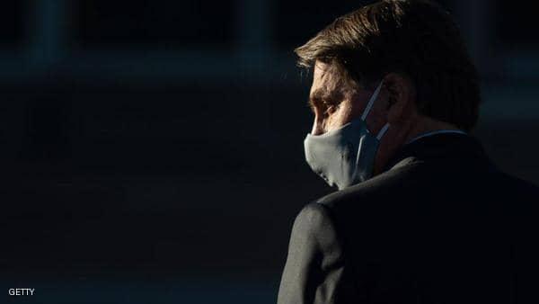 """تقارير: أعراض كورونا ظهرت على """"الرئيس الرافض"""" للفيروس"""
