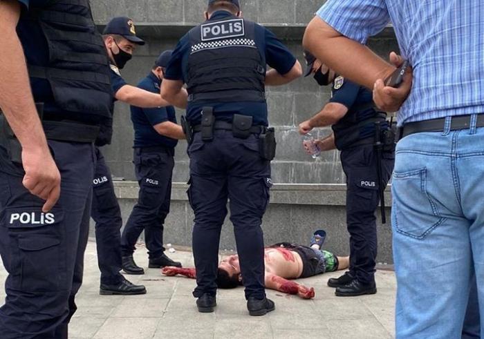 Milli Məclisin qarşısında intihara cəhdin qarşısı alınıb