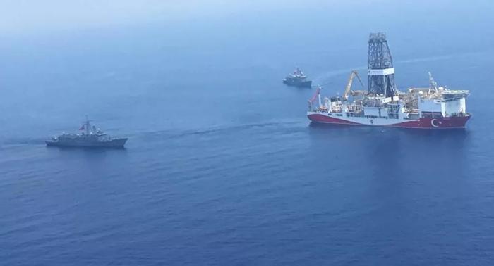 """ترسيم الحدود البحرية بين إيطاليا والجزائر.. ما علاقته بـ """"صراع المتوسط""""؟"""