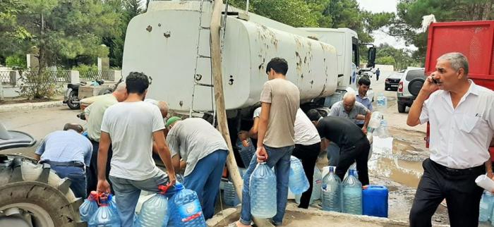 Dövlət Agentliyi susuz qalan sakinlərə yardım etdi -    FOTO