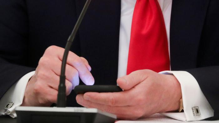 Twitter     elimina una foto compartida por Trump por violación de derechos de autor