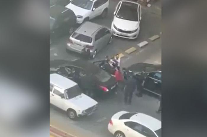 Polisə tabe olmayan qadının videosu araşdırıldı