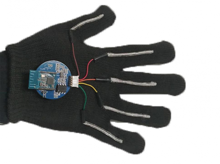 New glove translates sign language to speech in real time
