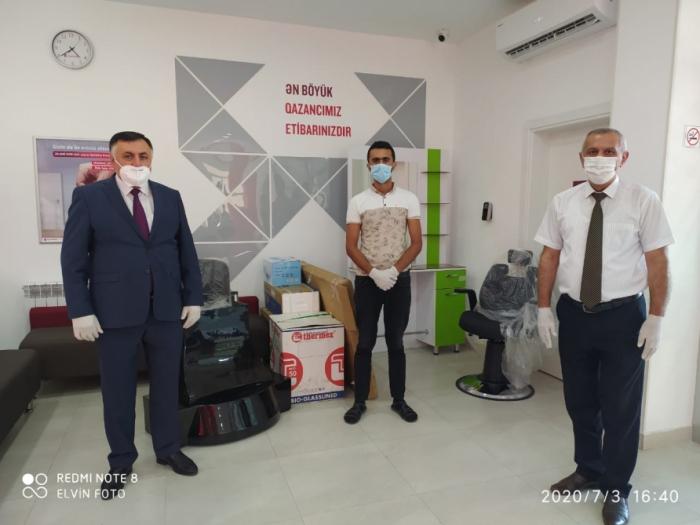 """""""Kapital Bank"""" biznesə başlamaq üçün 30 nəfərə dəstək göstərib"""
