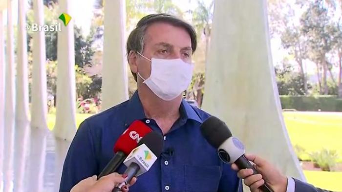 Warum das Virus Bolsonaro helfen könnte