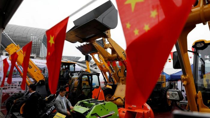 Chinas Außenhandel legt unerwartet stark zu