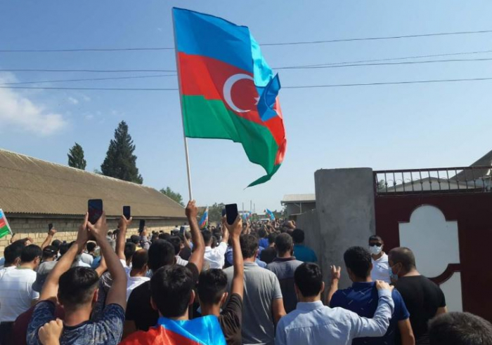 Azerbaijani mayors martyred in Armenian provocation laid to rest