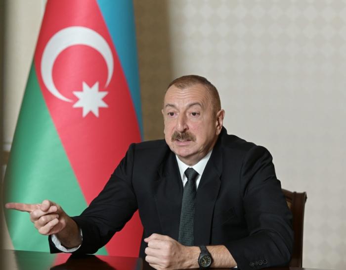 """""""Sən kimsən ordumuza göstəriş, məsləhət verirsən?""""  -    Prezident"""