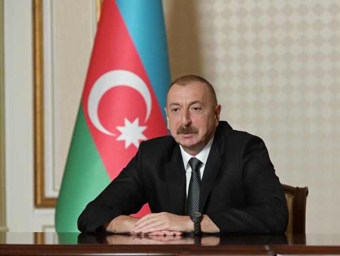 """Prezident səfirləri tənqid etdi:  """"Öz işinə laqeyd yanaşırlar"""""""