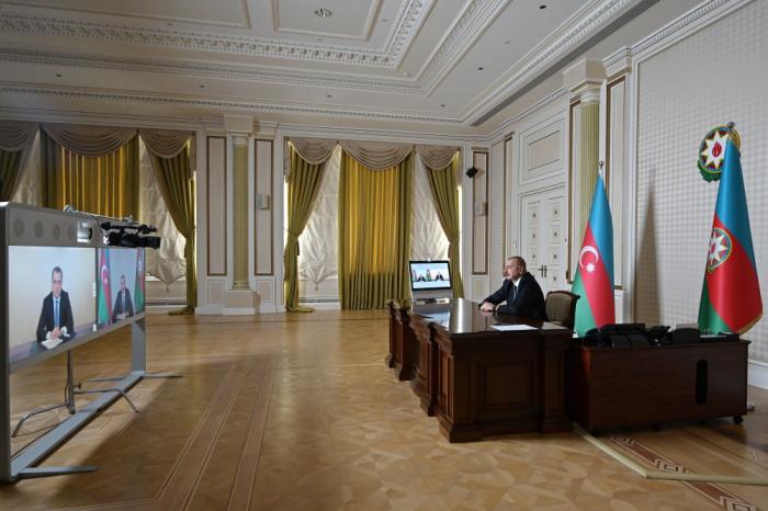 Prezident Ceyhun Bayramovu videoformatda qəbul etdi -  FOTOLAR