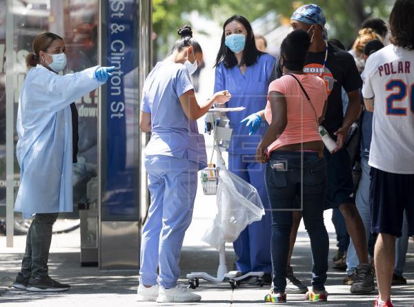¿Por qué el coronavirus sigue golpeando con fuerza a EE.UU.?