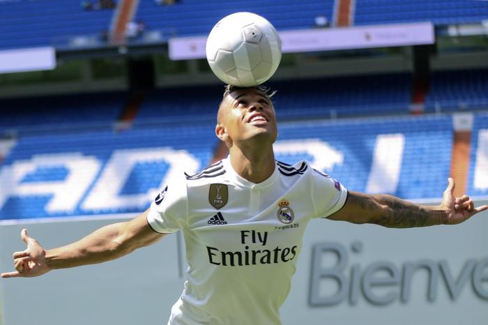 El jugador del Real Madrid Mariano Díaz, positivo por covid-19