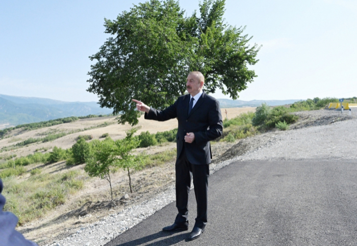 Prezident yolun yenidən qurulması ilə tanış oldu -  FOTOLAR (YENİLƏNİB)