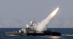 Irán ensaya misiles balísticos en el golfo Pérsico