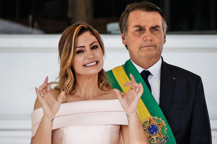 Braziliya prezidentinin xanımı virusa yoluxub