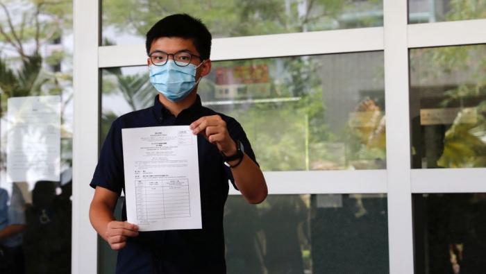 Hongkong - Zwölf Demokratie-Aktivisten