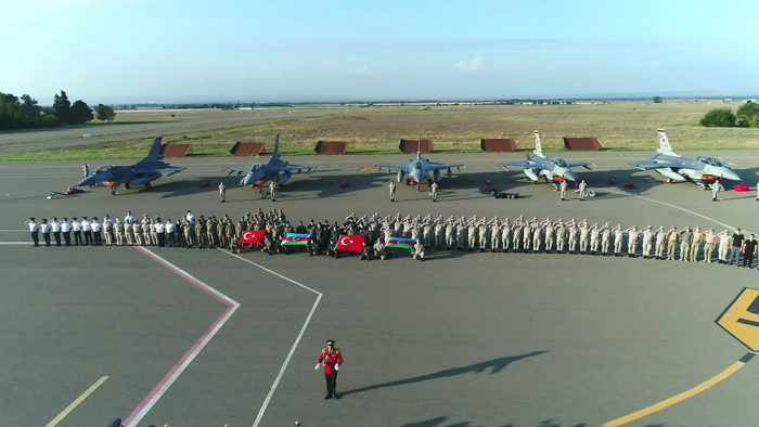 Turkey's F-16s arrive in Azerbaijan for joint exercises -  VIDEO