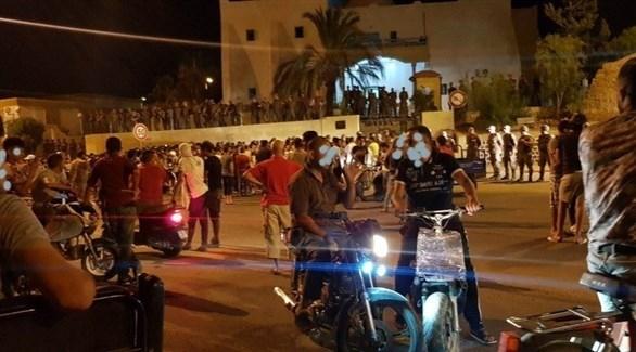 احتجاجات ليلية في جنوب تونس على مقتل شاب برصاص الجيش