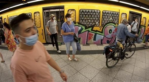 الشرطة الألمانية توقفت 12 قطاراً بسبب كورونا