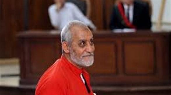 في قرار غير قابل للطعن... محكمة مصرية تؤيد حكما بالسجن المؤبد ضد مرشد الإخوان