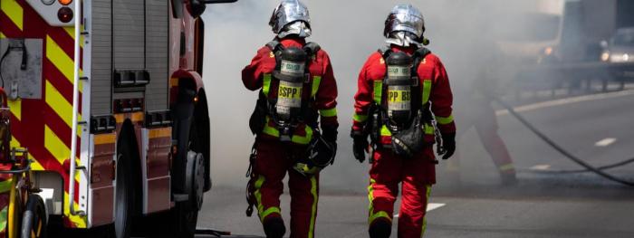 Un mort et deux blessés graves  dans un incendie à Paris