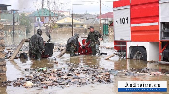 Şamaxı və Qobustanda həyətyanı sahələri su basdı
