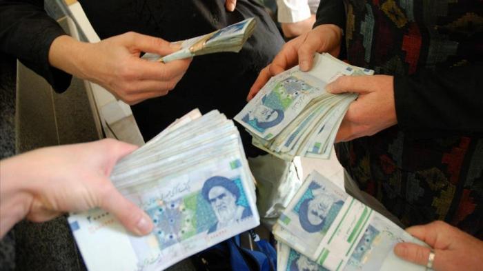 تشدد كندا إجراءات المعاملات المالية