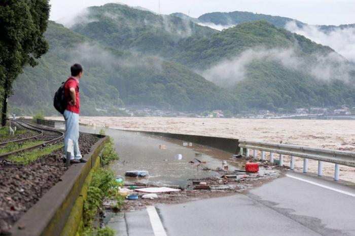 Japon: Quatorze décès présumés dans une maison de retraite inondée